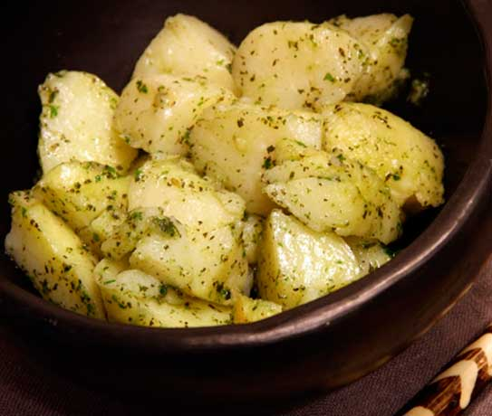 Amanida de patates feniciana