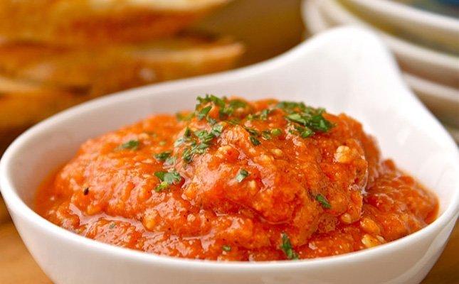 El romesco és una salsa típica catalana