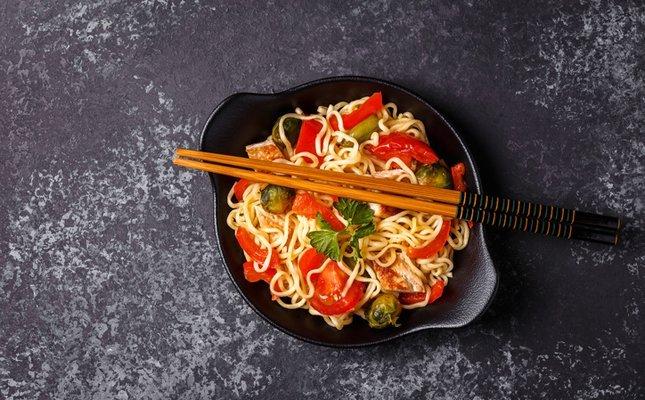 El tomàquet és un bon ingredient per al wok