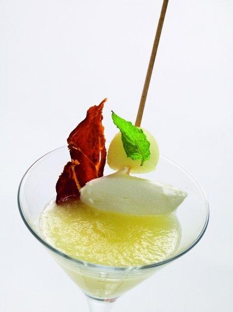 Sopa de meló amb formatge de cabra del Berguedà