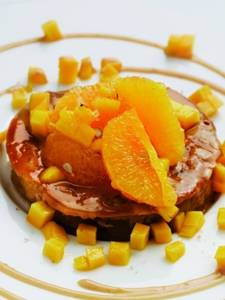 Pastís Tatin de mango i taronja