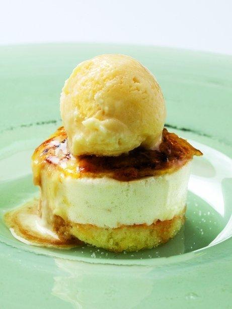 Pastís de poma amb gelat de regalèssia