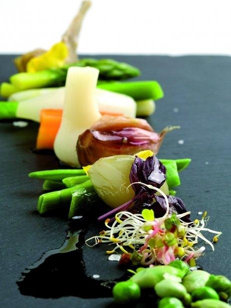 Minestra freda de verdures amb romesco