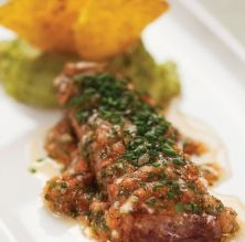 Tataki de tonyina amb guacamole
