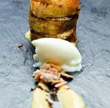 Babà amb cremós de mascarpone i gelat de pastís de formatge