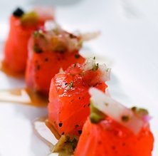 Daus de salmó marinat amb vinagreta de bolets