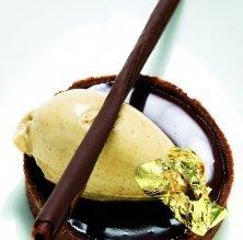 Cassoleta de xocolata i gelat de cafè