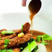 Aranya cruixent amb verduretes i salsa agredolça de Banyuls