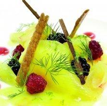Carpaccio de pinya amb kirsch