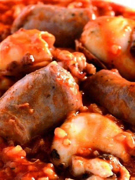 Arròs cremós de botifarra de pebre i sipietes