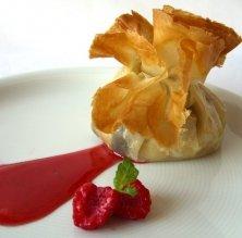 Farcellets de poma de Girona amb rossinyols de pi