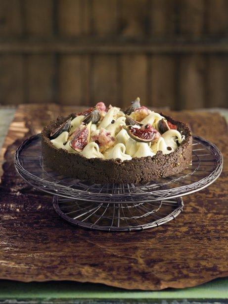 Pastís de xocolata amb figues i pa de pessic de maduixa