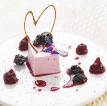 Mousse de iogurt, remolatxa, nabius i violeta