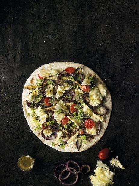 Piadina de verdures i tête de moine