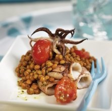 Estofat de llenties amb calamars
