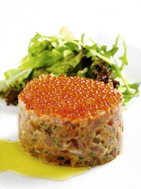 Tàrtar de tonyina amb caviar de truita