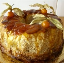 Puding de horchata, ensaimadas y dulce de melocotón