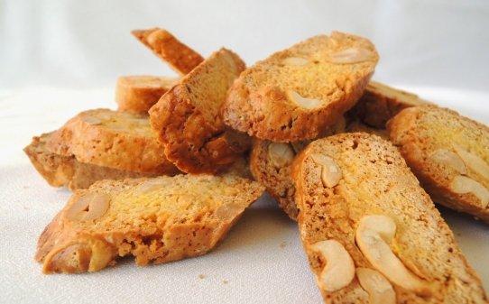 Carquiñoles de cacahuete y curry