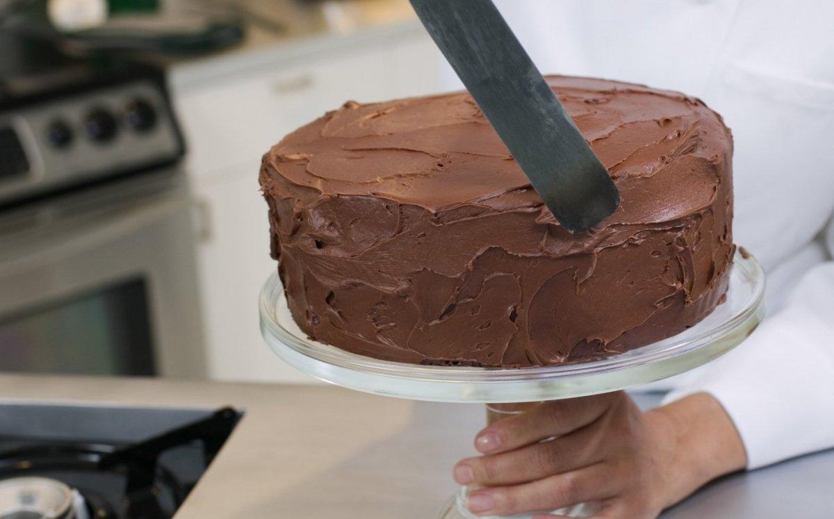 Cuinar la base d'un pastís de xocolata / Thinkstock
