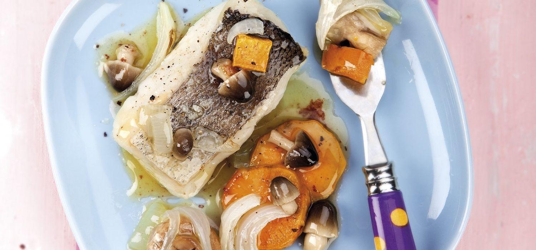 Lluç al forn amb moniato i bolets