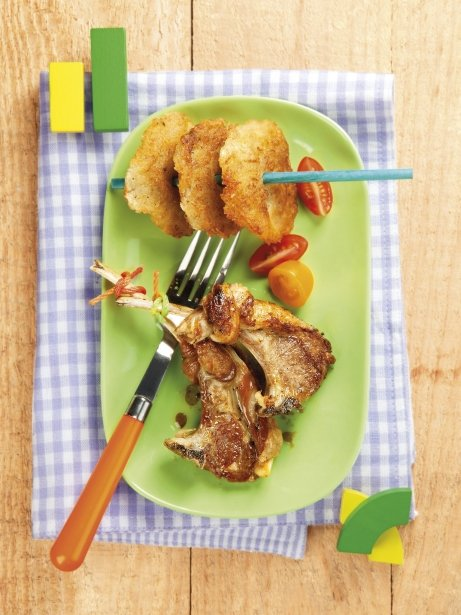 Costelles de xai a la planxa amb cruixent de patata