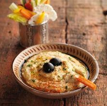 Hummus tradicional de cigrons amb crudités / Ajj Estudi