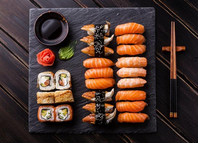 Taula variada de sushi / Thinkstock