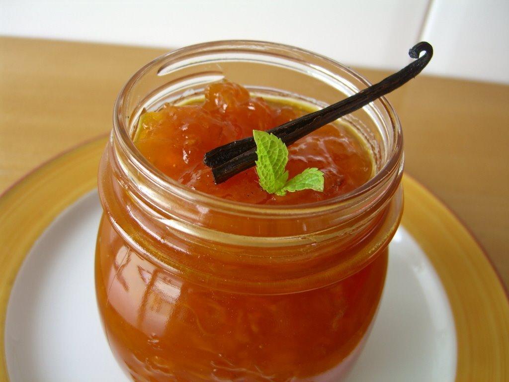 Confitura de nespres i taronja amb vainilla