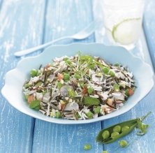 Arroz Basmati y arroz salvaje frío con guisantes, menta y rábano