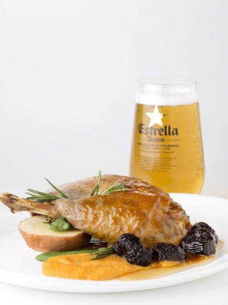 Confit de pota blava, moniato, prunes i vermut Tarrida