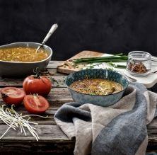 Sopa de quinoa especiada