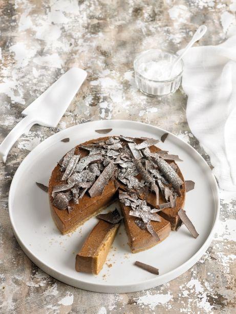Pastís de xocolata i avellanes