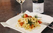 Un vi Abadal maridarà amb el menú proposat