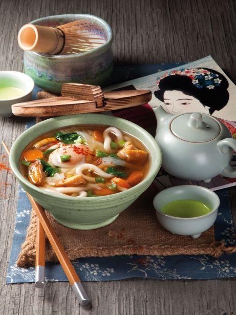 Fideus udon amb verdures i xiitake