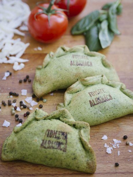 Empanades 'Caprese' mediterrànies