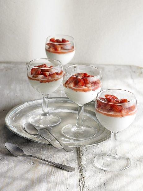 Fresas maceradas con cremoso de mascarpone