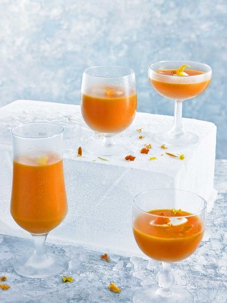 Gaspatxo de taronja, gingebre, pastanaga i iogurt grec