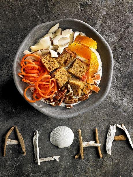 Poke bowl de 'carrot cake'