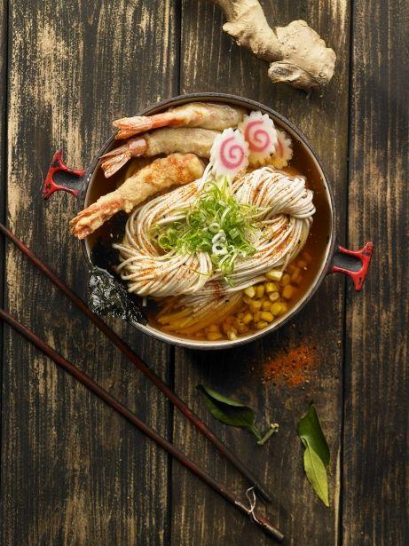 Ramen de dashi amb tempura de gambes