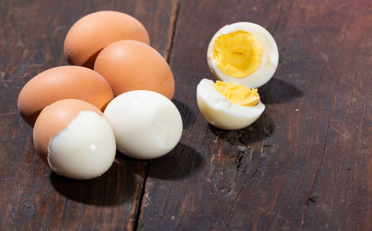 Pelar ous pot ser tot un repte