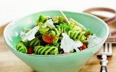 Ensalada de pasta con olivas